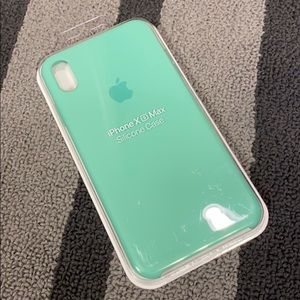 iPhone XS Max apple case real